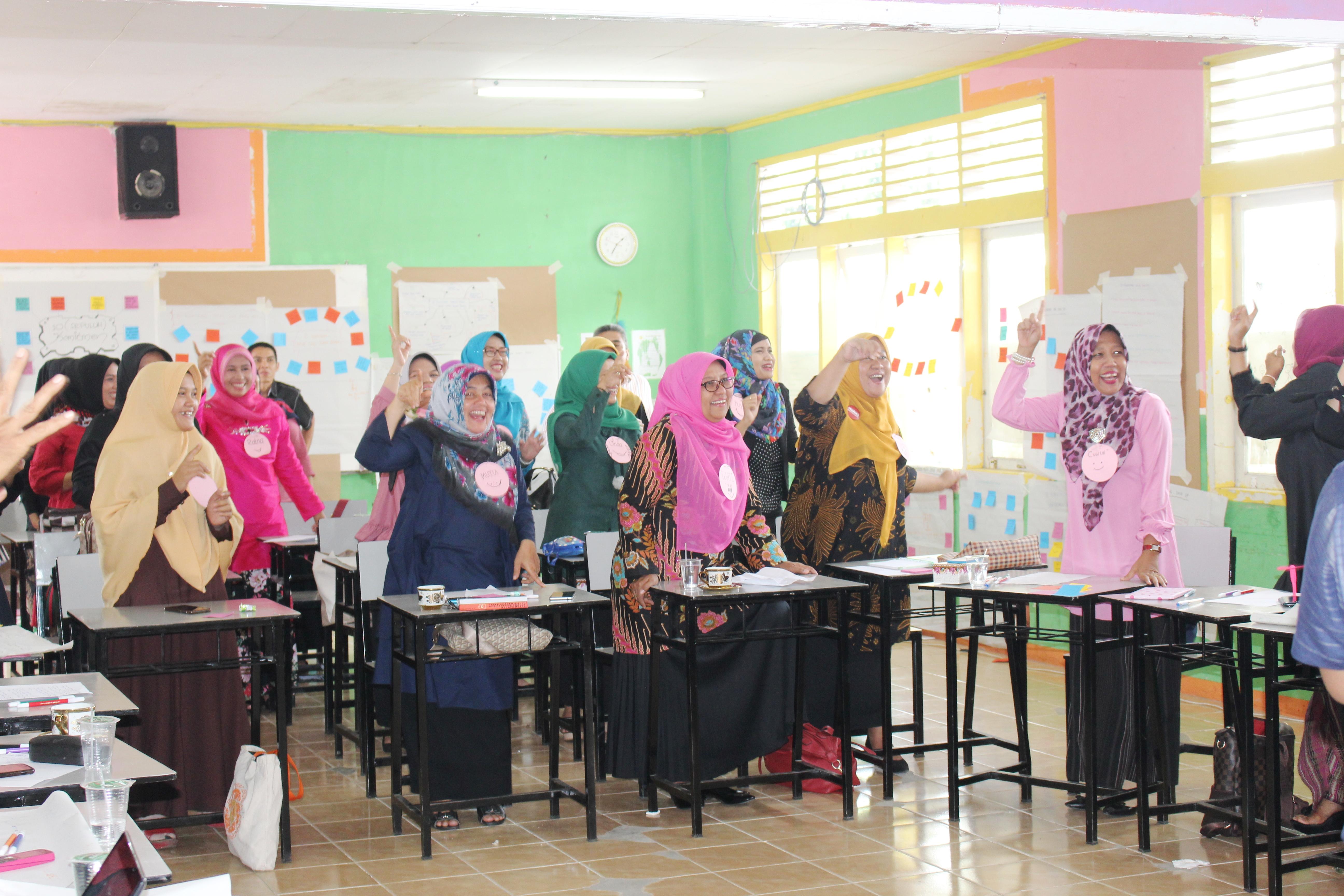 Motivasi Guru Kreatif SMA Semen Padang 2