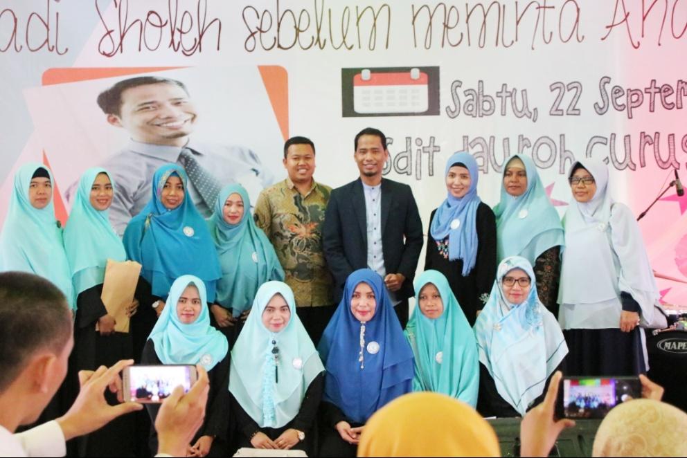 Seminar Parenting SDIT Dauroh Bersama Namin AB Ibnu Solihin 9